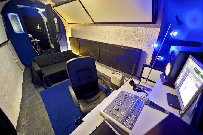 studio d 39 enregistrement paris chatelet ak studios paris 01 75001. Black Bedroom Furniture Sets. Home Design Ideas