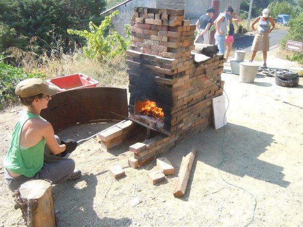 STAGE POTERIE RAKU  Le Raku cuissons en four à bois à  ~ Cuisson Au Bois