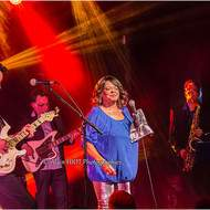 Sandra Hall & The French Blues Explosion (blues soul)